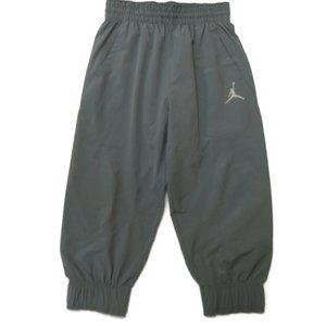 Nike Air Jordan Boys Joggers Pants 12-13 Gray